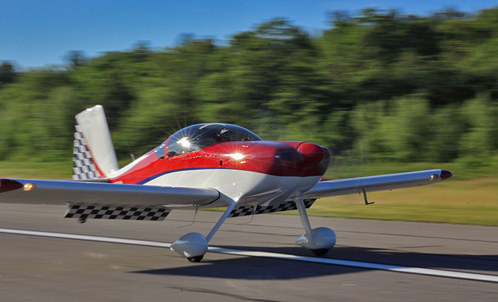 Vans-RV-7-On-Runway